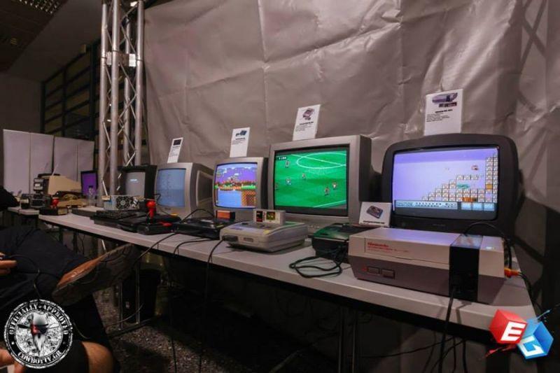Οι Retrocomputers.gr θα βρίσκονται επίσης στο GameAthlon για να μας διδάξουν λίγο από τις παλιότερες εποχές του gaming...και ναι αρκετά από τα μηχανήματα θα είναι ανοιχτά :D<br /><br />Πληροφορίες: http://www.gameathlon.gr/index.php/component/k2/item/303-retro-gameathlon