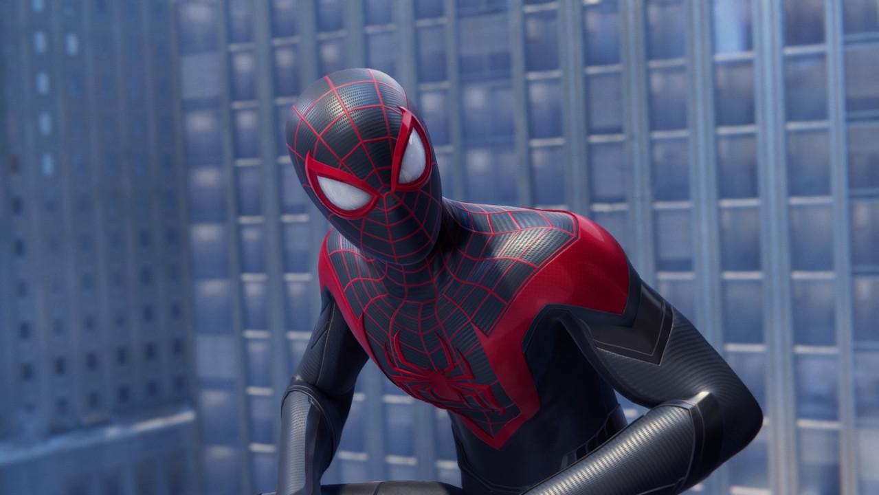 Παρά την απουσία του Parker, η Νέα Υόρκη δεν έμεινε χωρίς Spider-Man.
