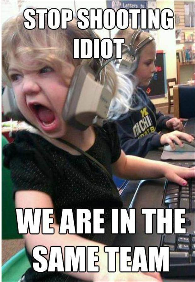 kids-gaming-funny-pictures.jpg