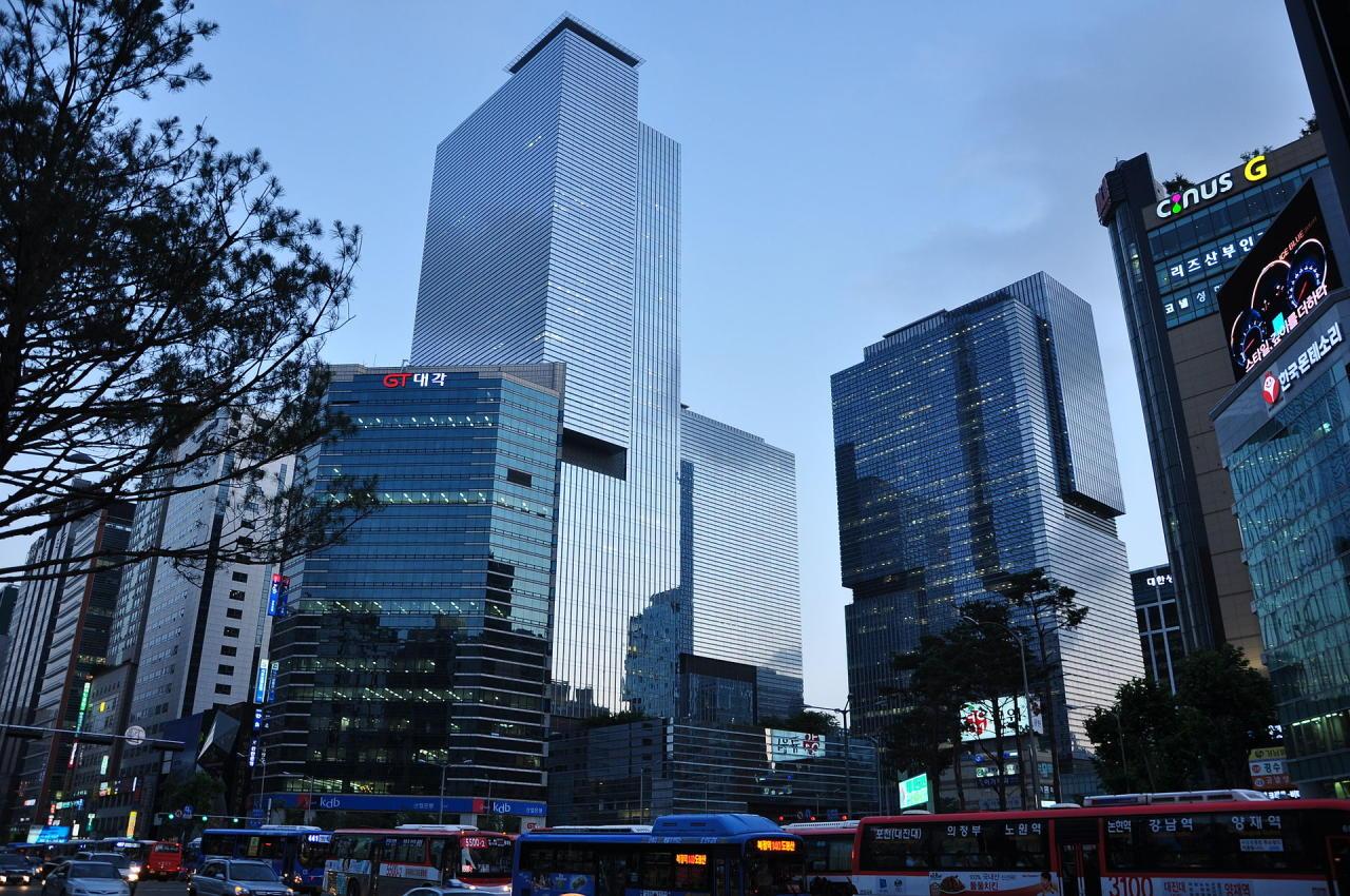 Samsung_headquarters-2.jpg