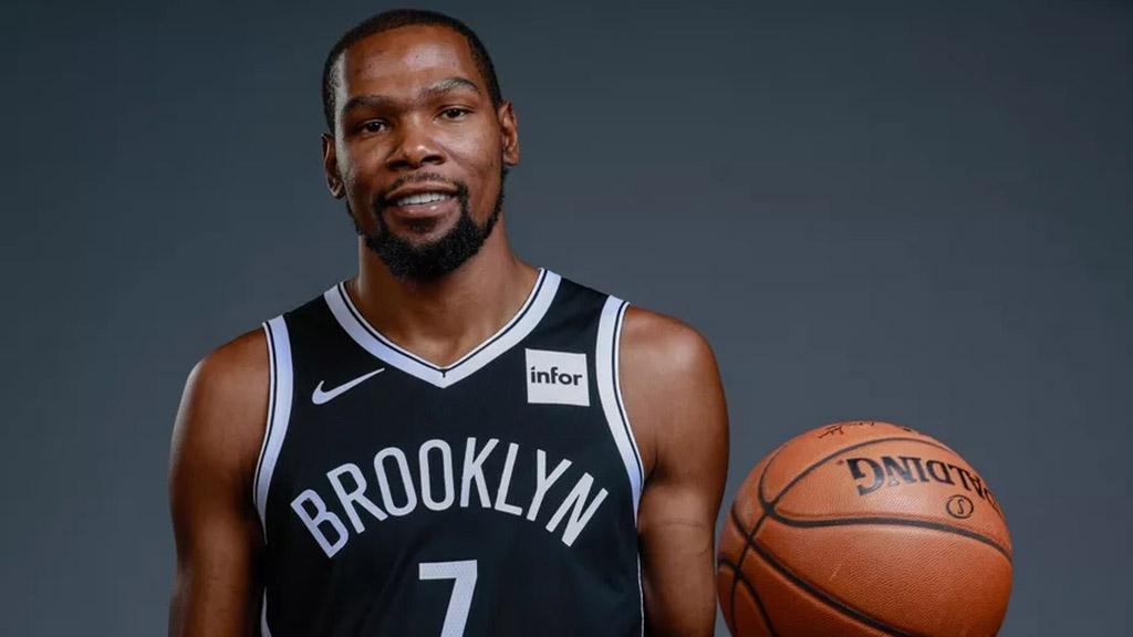 Ο παίκτης του NBA Kevin Durant επενδύει σε ομάδα eSports