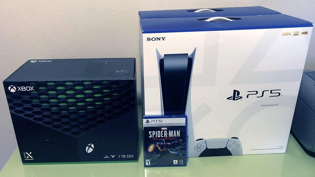 Τα PS5 και Xbox Series X/S στην Ελλάδα πωλούνται πάνω από 700 ευρώ