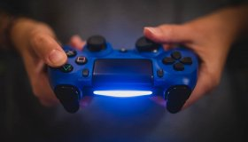 PS4: Σημείωσε 100 εκατομμύρια πωλήσεις
