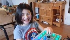 Μπαμπάς τροποποιεί Xbox Adaptive controller για το Switch της κόρης του