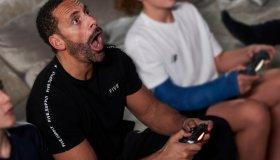 "Rio Ferdinand: ""Να ενεργοποιείτε τα family controls της κονσόλας σας"""