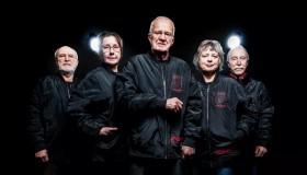 Ομάδα Counter-Strike με άτομα 62-81 ετών