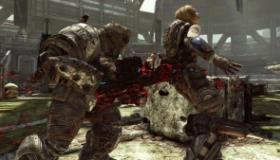 Τον μαχαίρωσε αφού έπαιξαν Gears of War 3